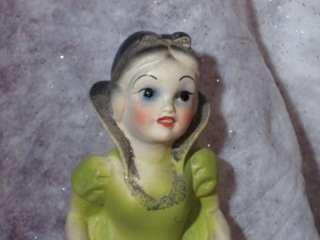 VINTAGE CARNIVAL CHALKWARE SNOW WHITE GIRL 14 TALL GOOD PIECE