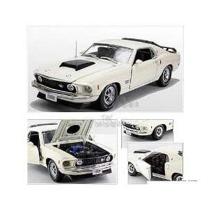 Replicas   Ford Mustang Boss 429 Hard Top (1969, 124, Creamy White