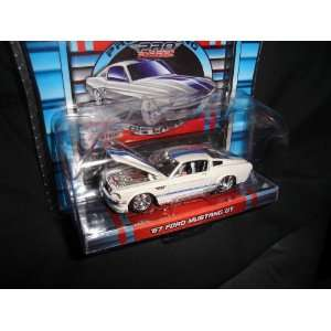 Maisto Pro Rodz White 1967 Ford Mustang GT with Blue