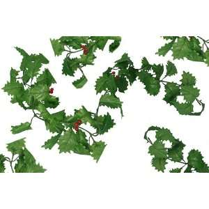 Club Pack of 144 Artificial Holly Berry Christmas Garlands 47   Unlit